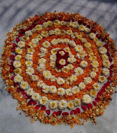 Easy Rangoli Designs with Flowers