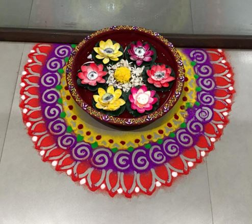 15 Gorgeous yet Simple Diwali Rangoli Designs