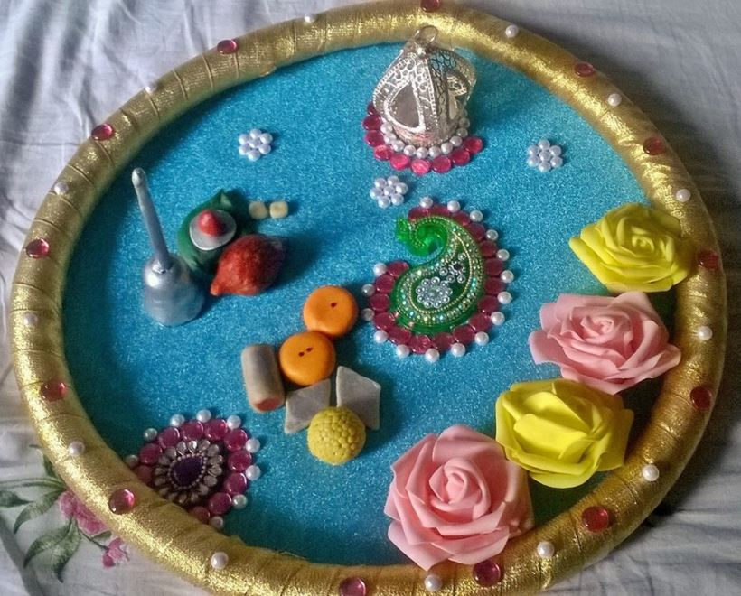 Aarti thali decoration pooja room pooja thali for Aarti thali decoration ideas for ganpati