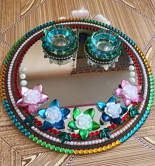 Diy aarti thali aarti thali pooja thali pooja thali for Aarti thali decoration with flowers