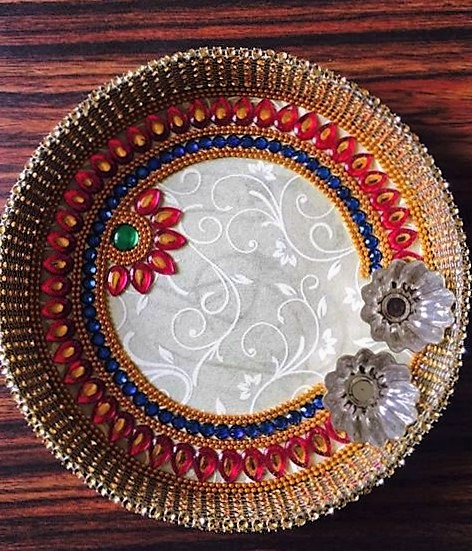 Pin aarti decoration pictures on pinterest for Aarti thali decoration with pulses